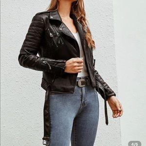 🌻 SHEIN Zip Up Belted Biker Faux Leather Jacket